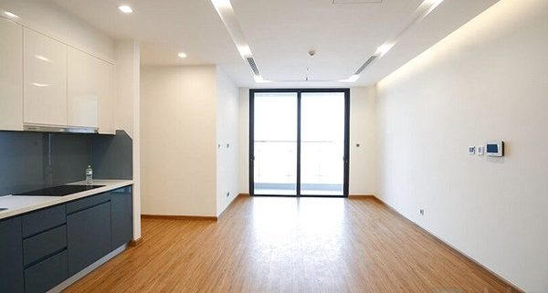 Partly furnished apartment for rent in Vinhomes Metropolis 2