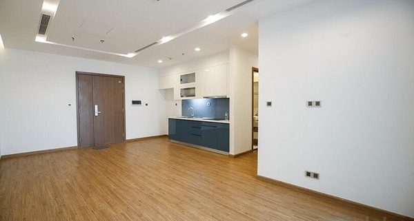 Partly furnished apartment for rent in Vinhomes Metropolis 1
